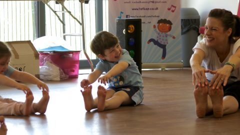 TOT BOP NOW OFFER TAP CLASSES TO AGES 2 ½  – 7 FROM SEPTEMBER 19!